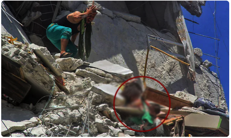 Syria Haunting Photo Of Children town of Ariha in Syria, సిరియాలో మళ్లీ నరమేథం.. శిథిలాల్లో చిన్నారులు.. వైరల్ అవుతున్న ఫోటో