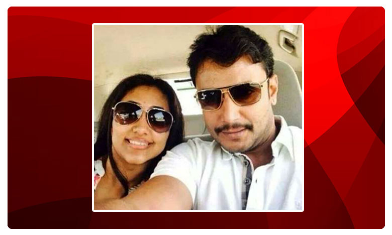Actro Darshan Couple