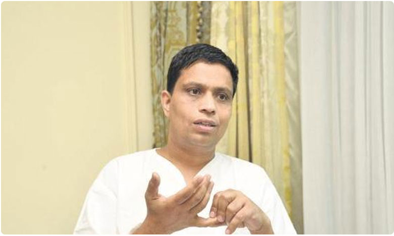 Ramdev'S aide Acharya Balkrishna admitted to hospotal