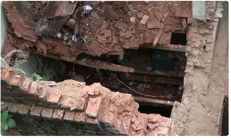 Oldest wall collapses In Hyderabad, two injuries