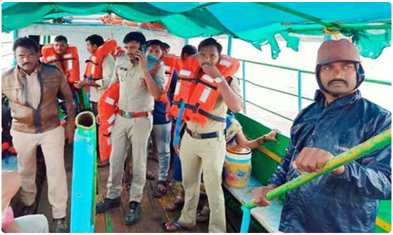 All Survivors in Boat accident in AP, have a Life Jackets