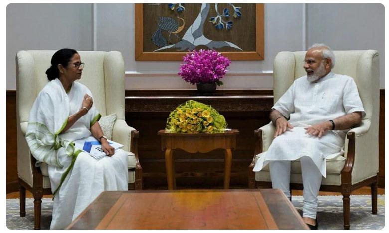 Mamata meets PM Modi, raises issue of renaming West Bengal