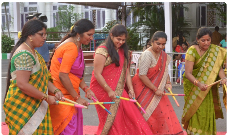 Female legislators performed Bathukamma celebrations in Telangana Assembly