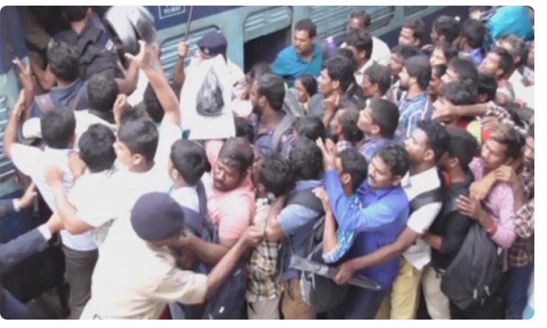 Heavy rush secunderabad Railway station due Tsrtc strike