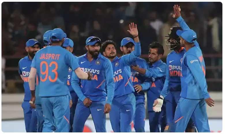 India vs Australia: India won the second ODI against Australia, రెండో వన్డేలో భారత్ సమిష్టి విజయం.. సిరీస్ సమం!