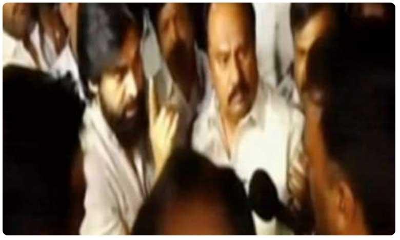Pawan Kalyan Comments on AP Police, ప్రజలను పరామర్శించేందుకు వెళ్లాల్సిందే: పవన్ కళ్యాణ్