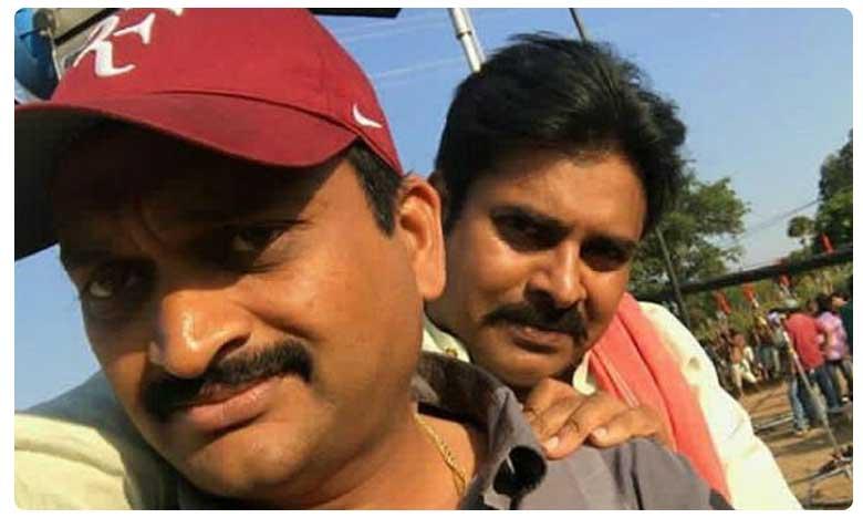Bandla ganesh support to pawan kalyan with his tweet, మళ్లీ పొలిటికల్ సీన్లోకి బండ్ల.. ఏం చేశాడంటే..?