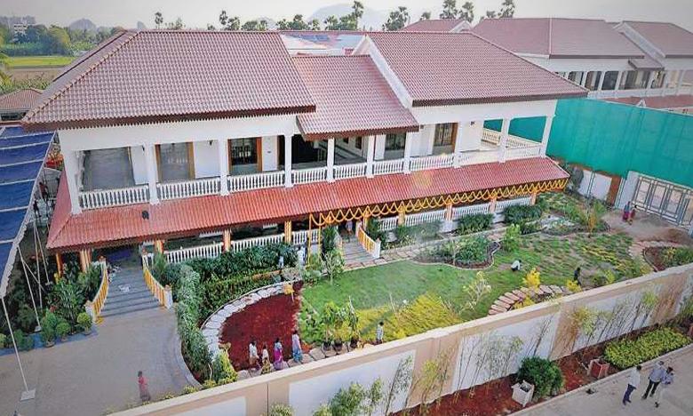 corona positive traced to 10 security personnel at ap cm jaganmohan reddys tadepalli house, ఏపీ సీఎం నివాసం వద్ద కరోనా కలకలం..