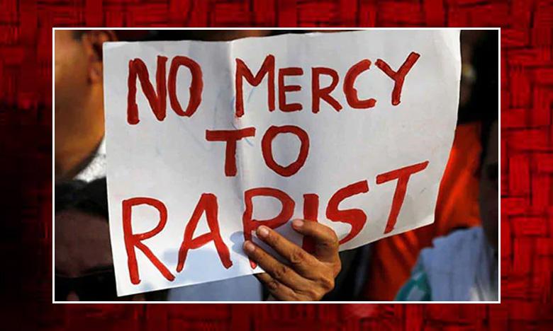 Police Case On Journalist, మధ్యప్రదేశ్ లో జర్నలిస్టుపై పోలీసు కేసు..
