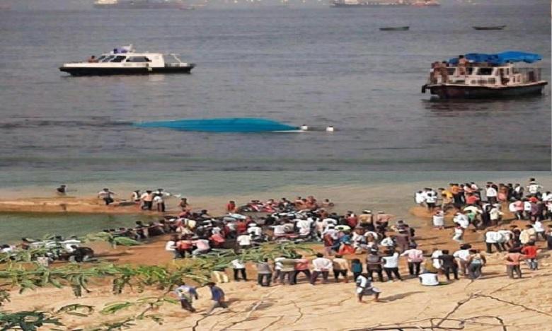 boat drowned in chambal river near kota rajasthan, చంబల్ నదిలో పడవ బోల్తా.. 10 మంది అచూకీ గల్లంతు