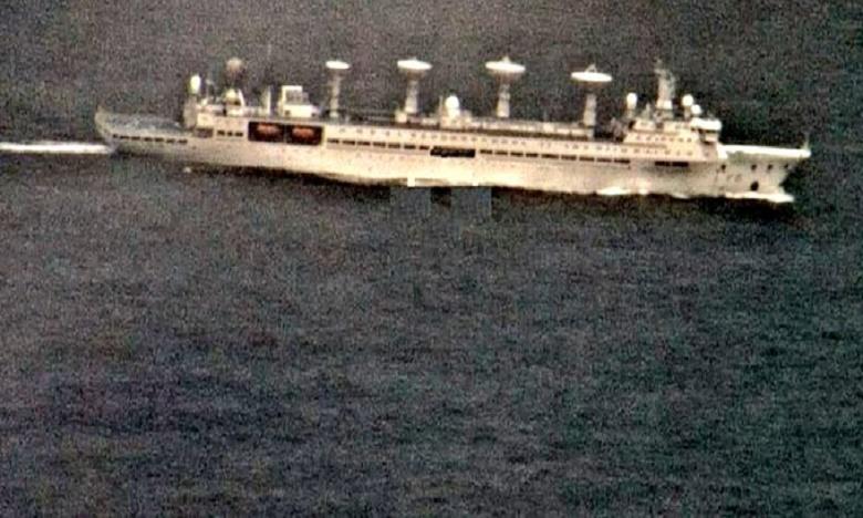 chinese yuan wang class vessel constantly tracked by indian navy warships, చైనా నిఘా నౌకను తరిమిన భారత్ నేవీ