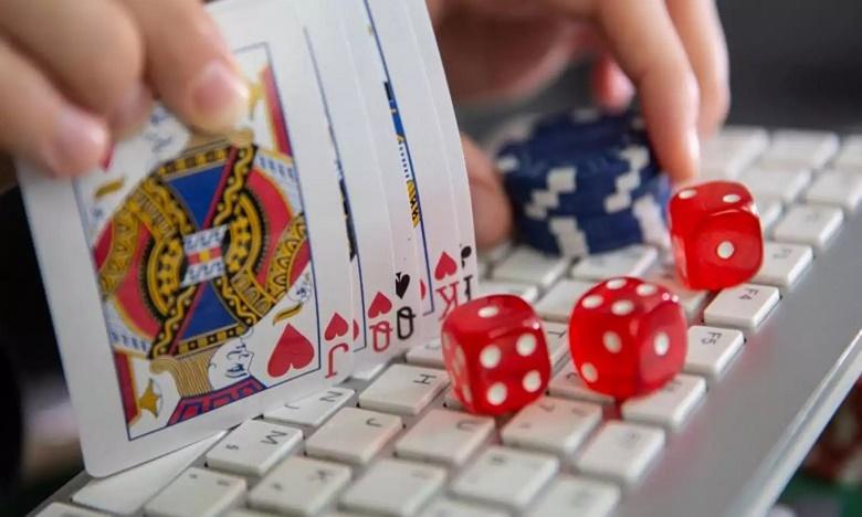 online games fraud case registered against Chinese app companies in hyderabad ccs, చైనా యాప్పై హైదరాబాద్ సీసీఎస్లో కేసు
