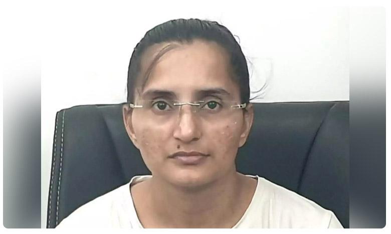 Sanju Rani Verma, పెళ్లి వద్దని పారిపోయి.. కలెక్టర్గా తిరిగొచ్చింది