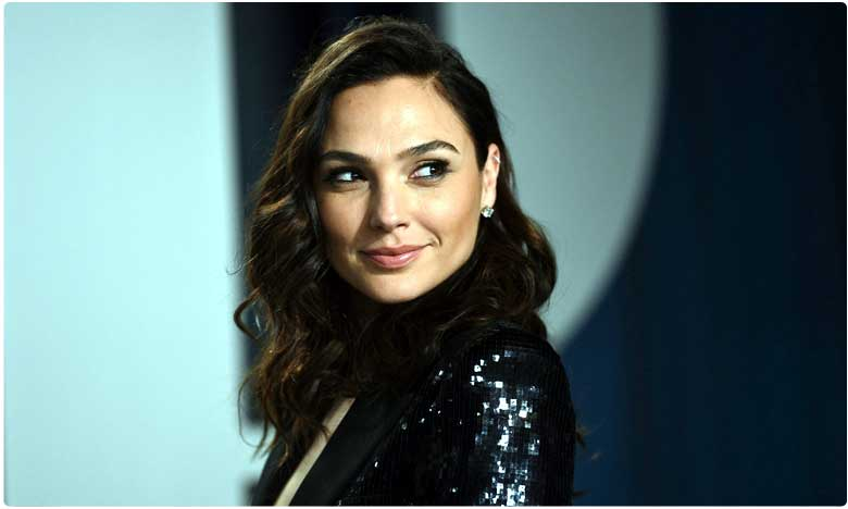 Gal Gadot to play Cleopatra in film by