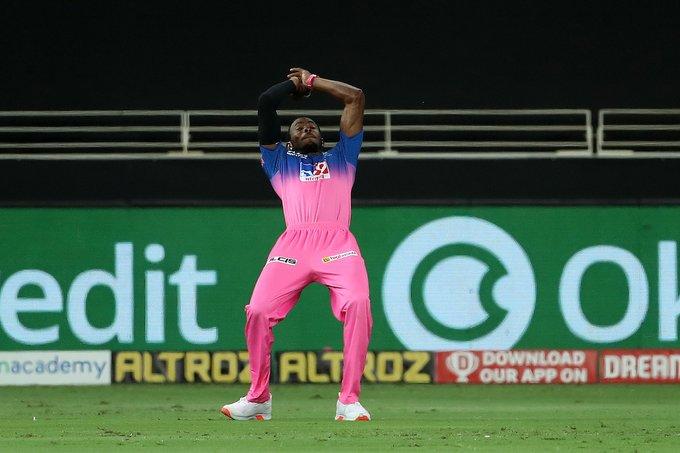 IPL 2020 images : delhi capitals vs rajasthan royals match photos, శిఖర్ ధావన్ మెరుపులు.. గెలిచిన ఢిల్లీ..(ఫోటోలు).