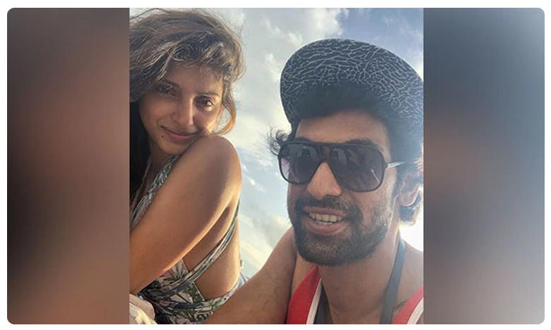Rana Daggubati and Miheeka Bajaj's beach vacation picture, సాగర తీరాన..సతీ సమేతంగా