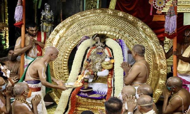 vijayawada psycho lover nagendrababu torchured divya Tejaswi with more than 17 sim cads video, 17కు పైగా సిమ్స్ నుంచి దివ్యను టార్చర్ పెట్టిన ఉన్మాది నాగేంద్రబాబు