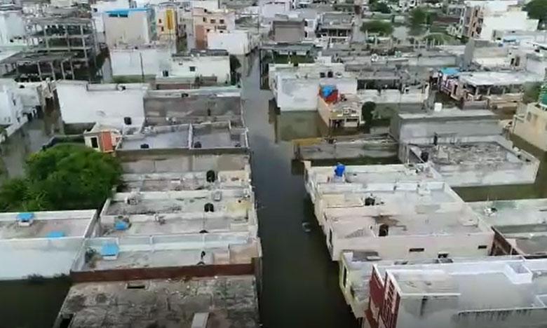 quthbullapur people suffered with flood water, కుత్బుల్లాపూర్ నియోజకవర్గంలో ప్రజల కష్టాలు