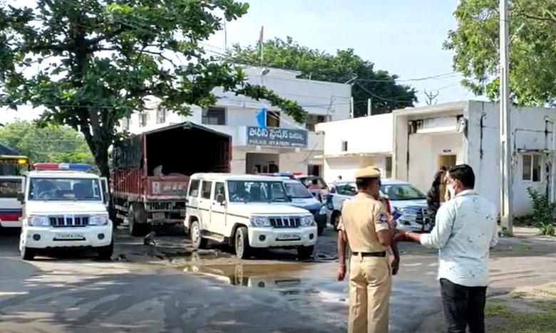 BJP MP GVL letter to centeral home minister Amit shah on Jagan government on Hindus issue, ఏపీలో హిందువుల అణచివేత, జగన్ సర్కారుపై అమిత్ షాకు ఎంపీ లేఖ