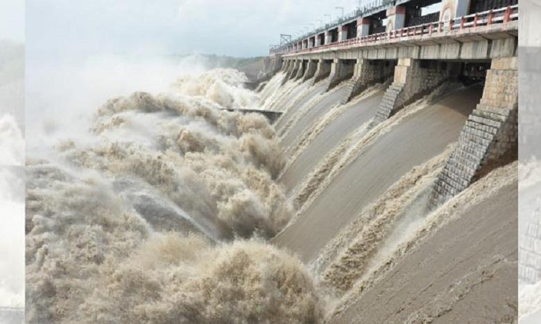 heavy flood inflow to telangana projects, నిండుకుండలను తలపిస్తున్న ప్రాజెక్టులు
