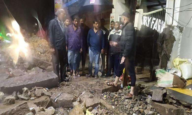 twenty four killed in 24 hours in heavy rains at hyderabad, నగరంలో భారీ వర్షానికి 24 గంటల్లో 24 మంది మృతి
