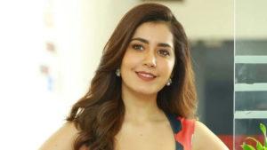 Raashi Khanna: మరోసారి క్రేజీ రోల్లో రాశీఖన్నా.. ఆమె కామెడీ టైమింగ్కు రీజన్ అదేనట