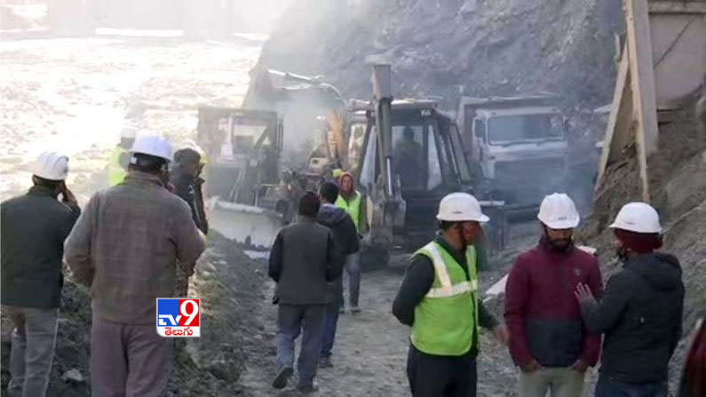 Uttarakhand Rescue Operation Photos 2 Uttarakhand Rescue Operation Photos: Ongoing relief operations near Joshimath in Chamoli after the watershed .. - Uttarakhand glacier burst: Rescue operation underway at tunnel in Joshimath Photos