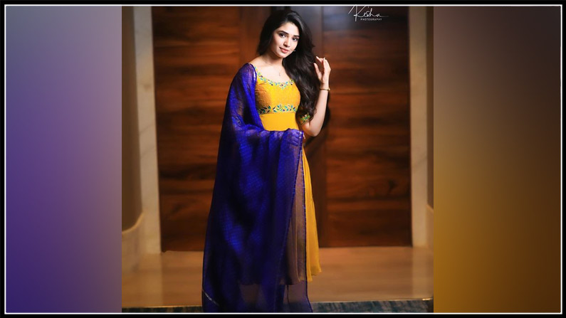 Krithi Shetty New Photos (2)