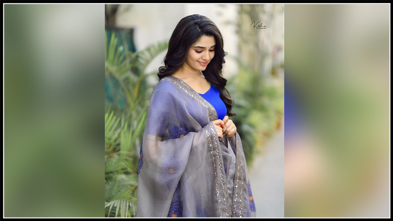 Krithi Shetty New Photos (5)