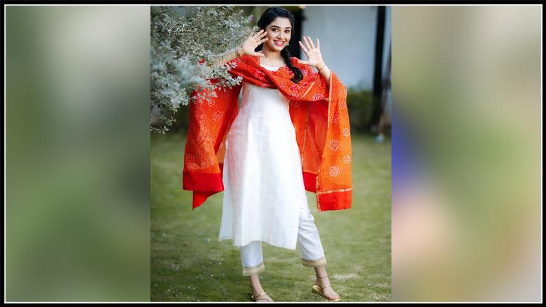 Krithi Shetty New Photos (6)
