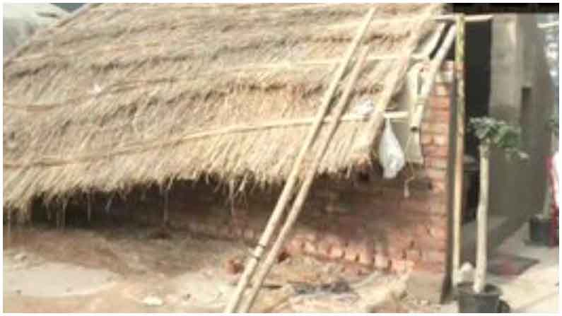 Farmers Build Brick Homes At Delhi Haryana Borders4