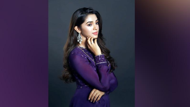Krithi Shetty Latest Photos (3)