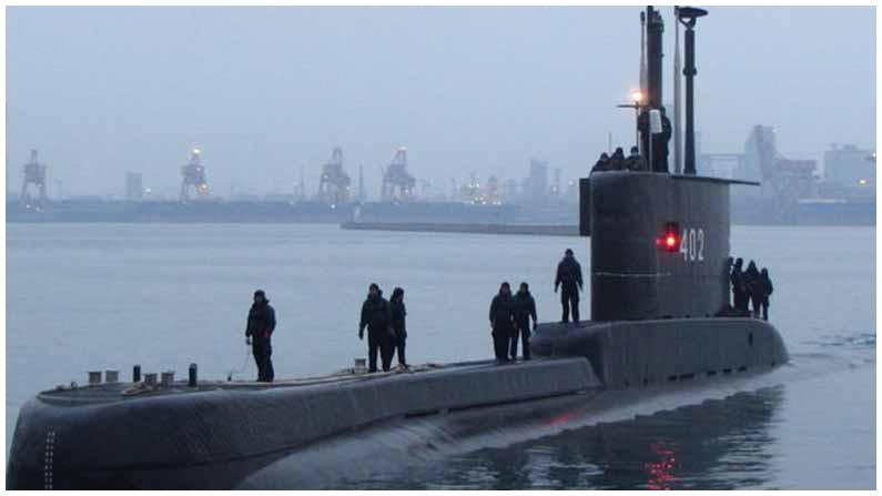 Indonesian Submarine (4)