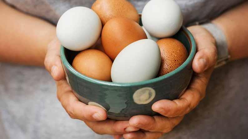Man Eating Eggs 5