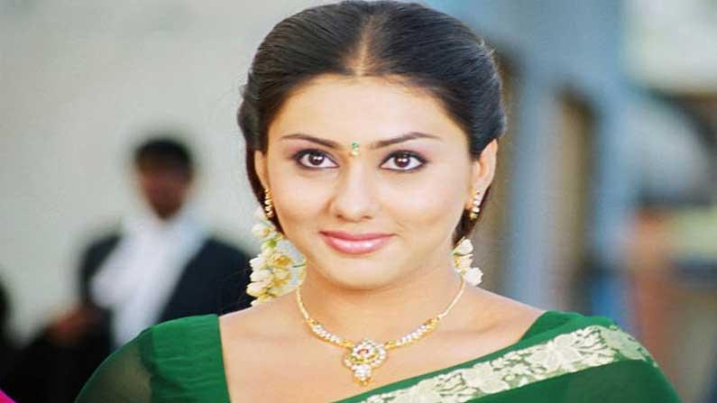 Namitha 4