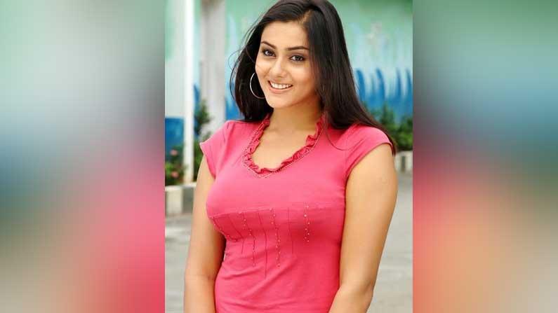 Namitha 6