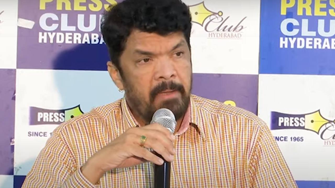 Posani Krishna Murali : పిచ్చి పిచ్జి మాటలు మాట్లాడితే చూస్తూ ఊరుకునేది  లేదు.. పోసానికి పవన్ ఫ్యాన్స్ వార్నింగ్..   Posani Krishna Murali press  meet shocking and emotional ...